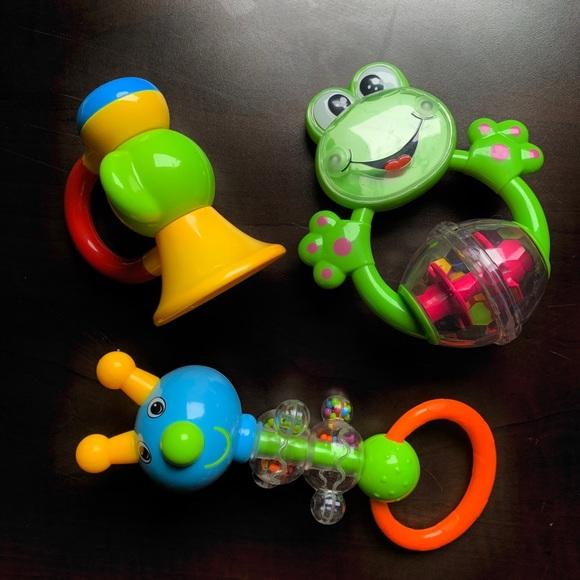 5/$20 Bundle of 3 adorable, rattles!